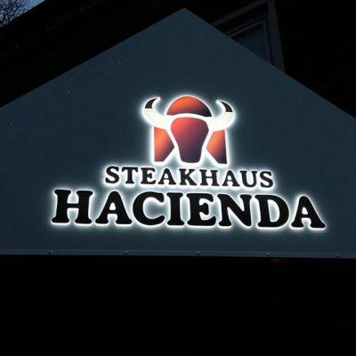 Steakhaus Hacienda – Acrylschild mit LED